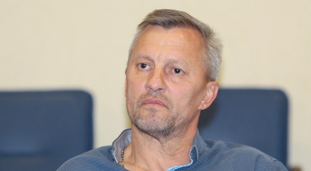 В'ячеслав Хруслов - виконувач обов'язків головного тренера ФК